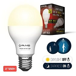 Motion Sensor Light Bulb 7W – Motion Activated LED Light Bulbs with Dusk to Dawn Motion De ...